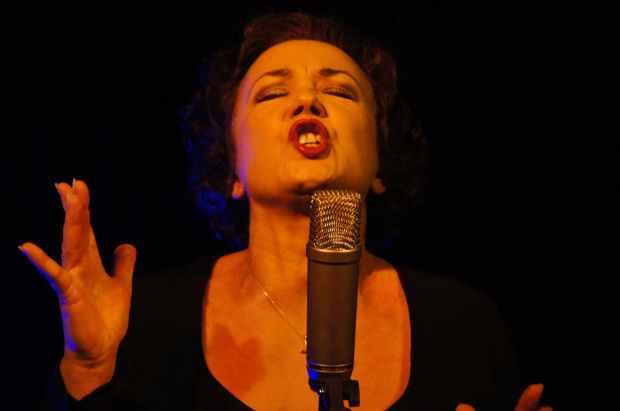 singing singer microphone sing